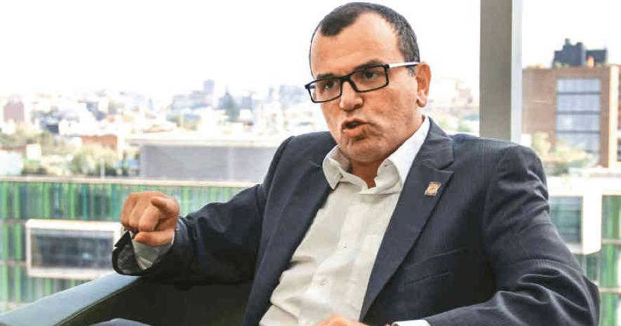 El candidato por el Partido Cambio Radical ha tenido denuncias por acceso carnal violento y explotación de menores, entre otros procesos.